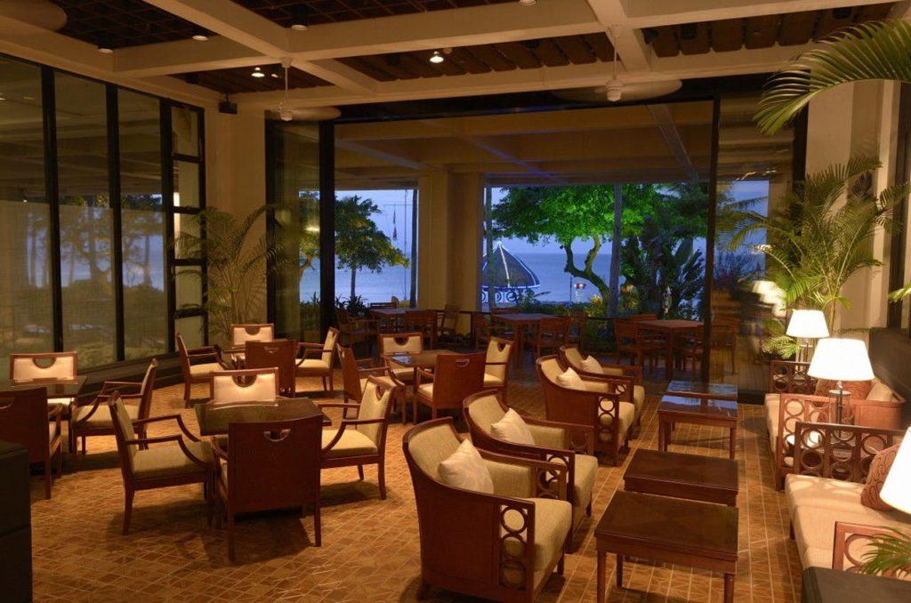 沖縄 クラブラウンジがあるホテル ホテルムーンビーチ