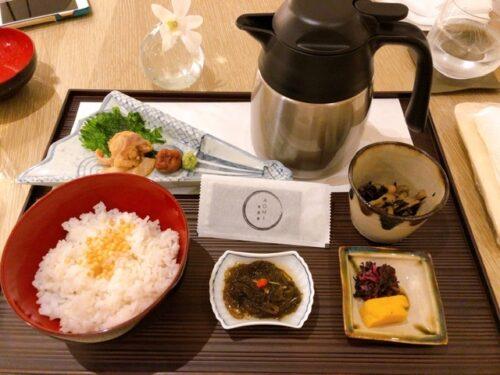 ハレクラニ沖縄 夕食 ルームサービス