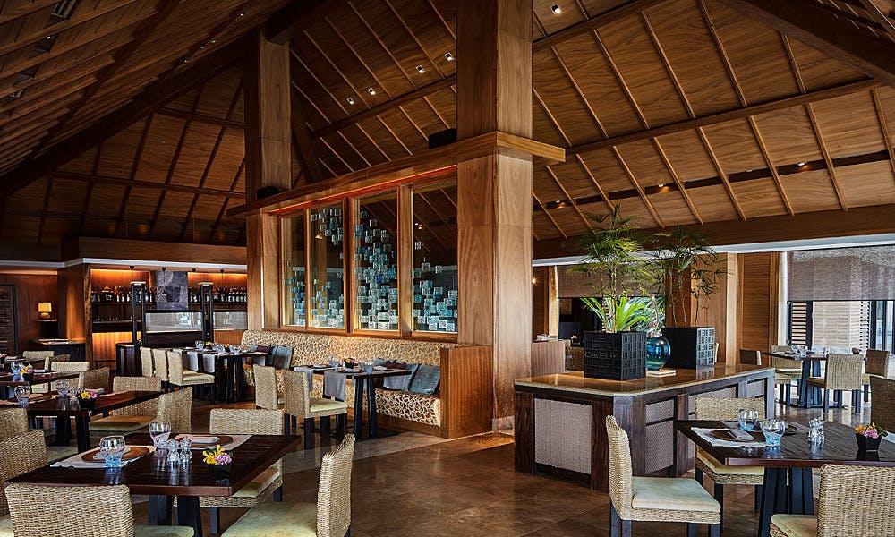リッツカールトン沖縄 レストラン ブログ