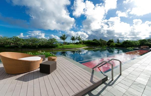 リッツカールトン沖縄 屋外プール 子供